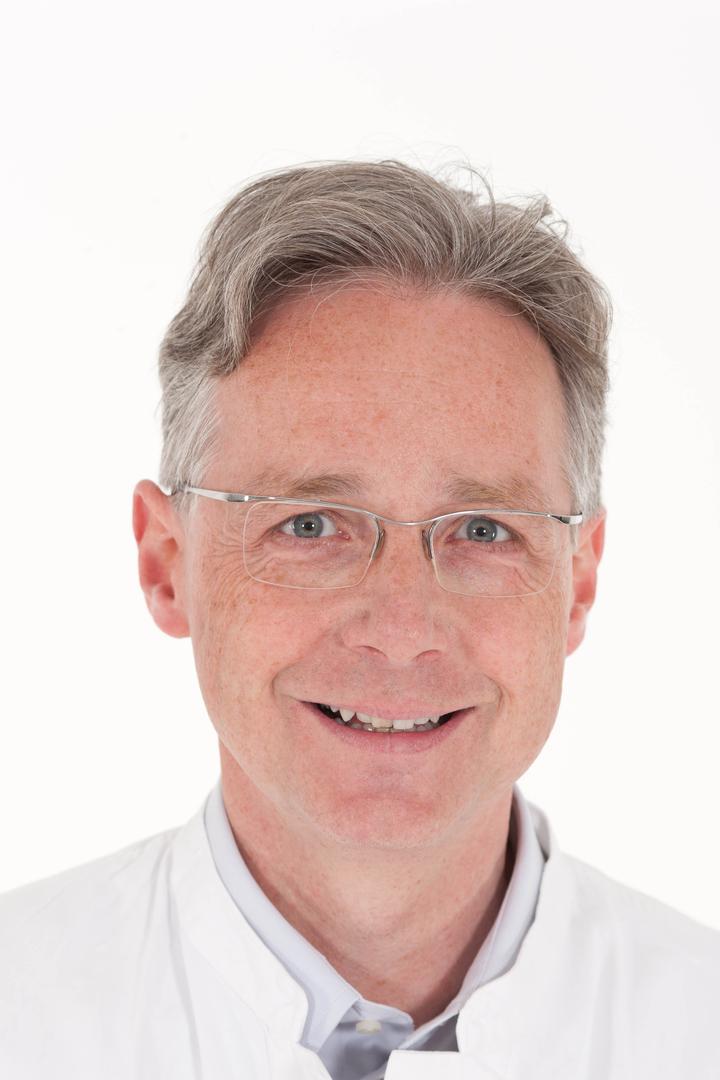 PD Dr. CG Schirren
